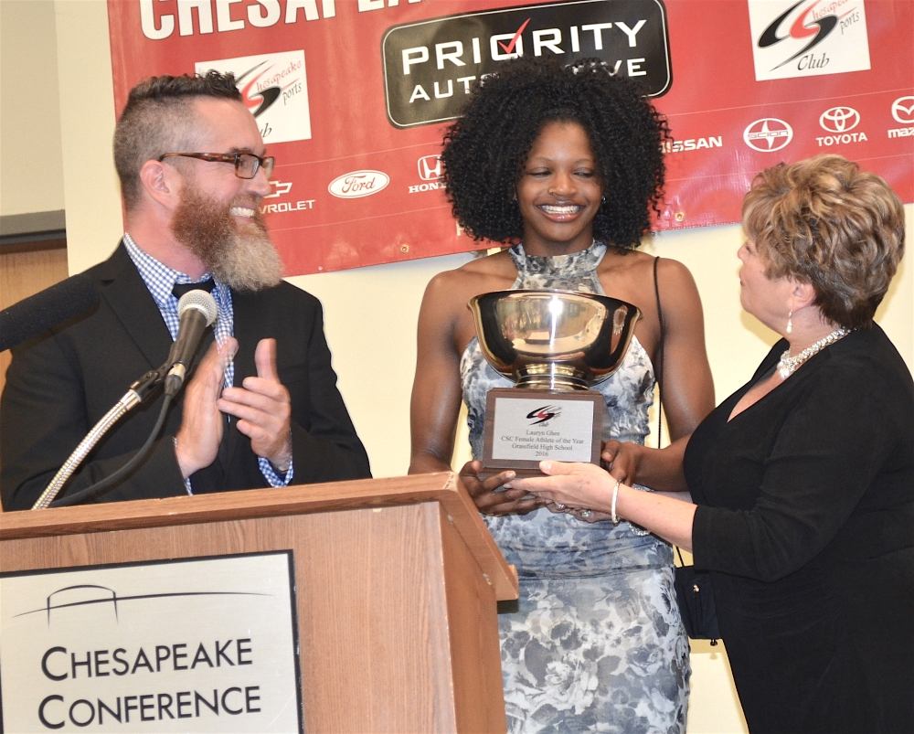 Jeff 'Pants' Partridge ESPN & Carolyn Bernard, CSC Pres, Presenting Ches HS 2016 Female Athlete of the Yr Award to Lauryn Ghee, Grassfield